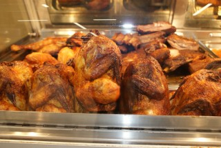 Sieved spiced and Grilled Chicken in the shop